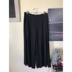 EILEEN FISHER PETITE black wide leg cropped pants